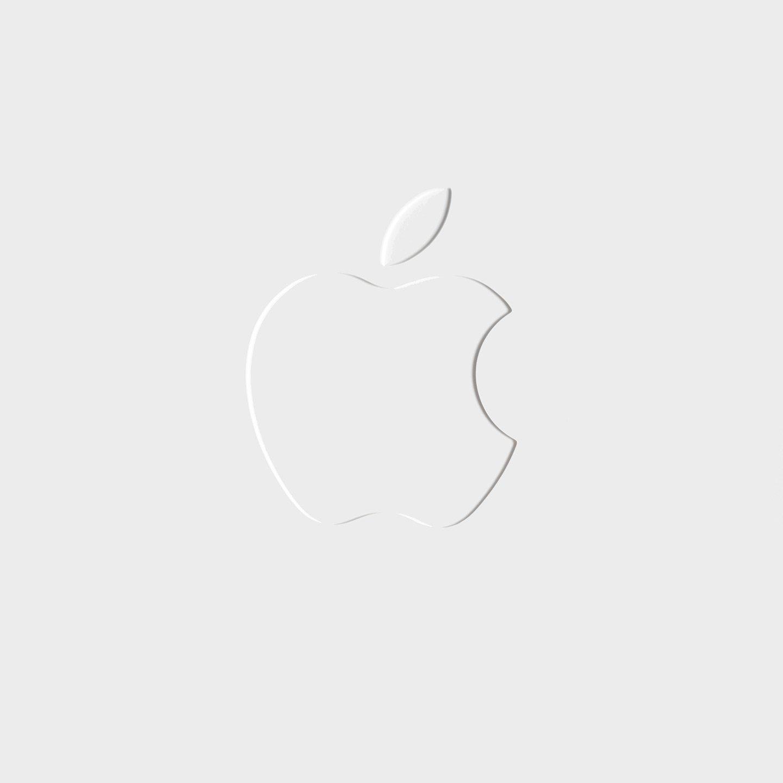 O2 iPhone 6S Apple Logo